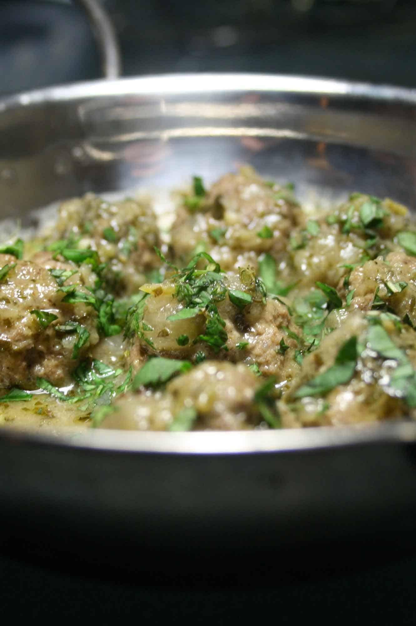 Kofta in Green Masala Sauce.